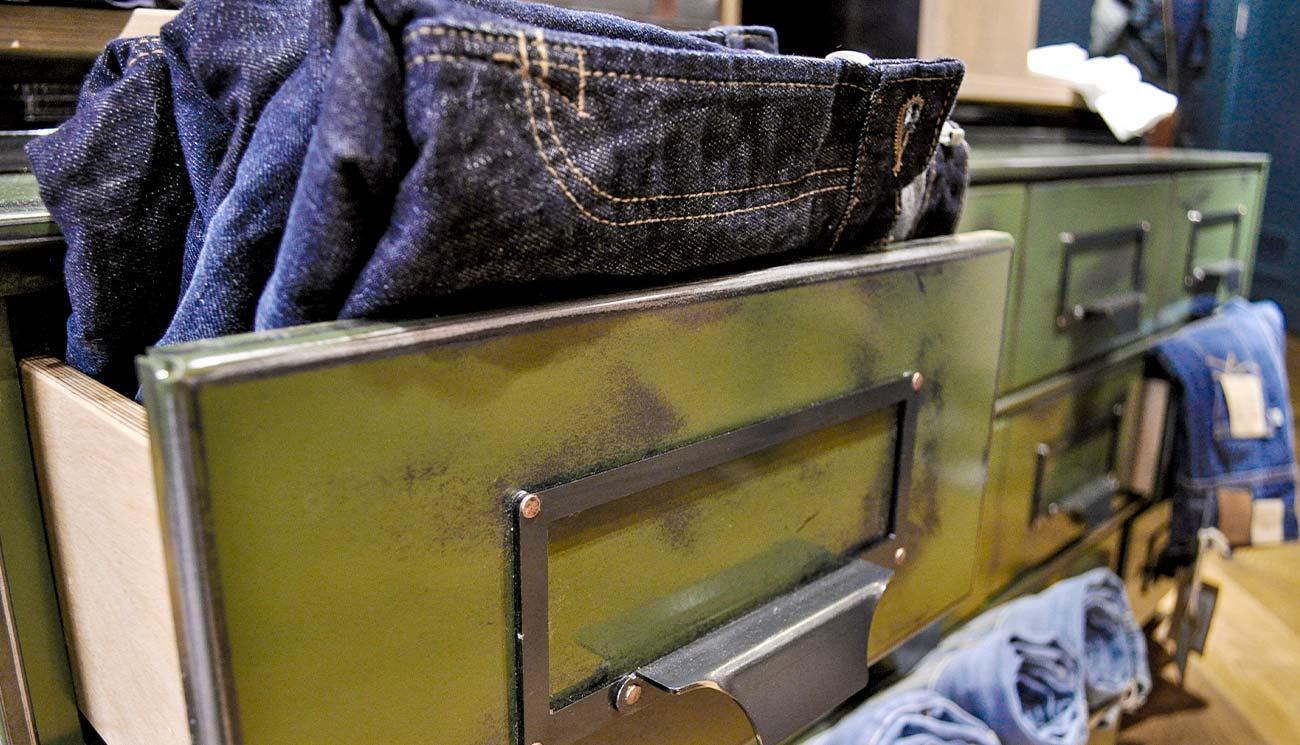 MACFOR-Interior-Design-Portfolio-Polo-Jeans-5